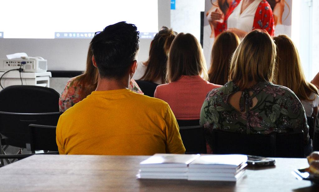 Szkolenia fryzjerskie - akademia fryzjerska w wielkopolsce